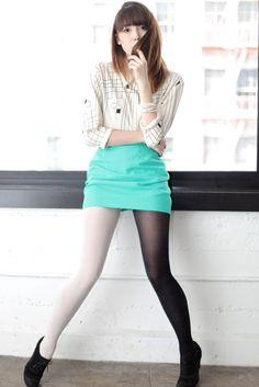 bi-colour tights
