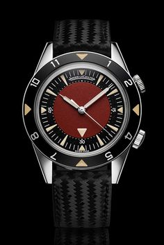 (RED) Auction celebrating the very best of design and innovation Jaeger-LeCoultre pieces customized by Marc Newson (See more at: http://watchmobile7.com/articles/jaeger-lecoultre-pieces-customized-sir-jonathan-ive-and-marc-newson) (2/2) #watches #jaegerlecoultre @Garrett Murphy Jaeger-LeCoultre