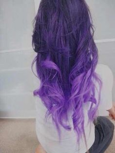 This is EXACTLY what I want to do with my hair. A little bit lighter on the bottom, though