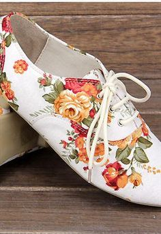Very Cute Fall Shoes. These Shoes Will Look Good With Any Outfit. 28 Trendy Shoes Fashion Trends That Will Inspire You – Very Cute Fall Shoes. These Shoes Will Look Good With Any Outfit. Sock Shoes, Cute Shoes, Me Too Shoes, Shoe Boots, Ankle Boots, Trendy Clothes For Women, Trendy Shoes, Fall Shoes, New Shoes