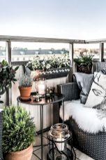 Small apartment balcony furniture and decor ideas (16)