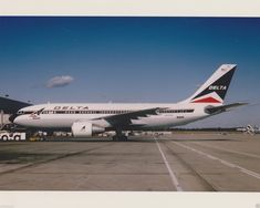 Delta Air Lines A-310 Air Lines, Jet Engine, Commercial Aircraft, Military Aircraft, Jets, Planes, Type, Classic, Vintage