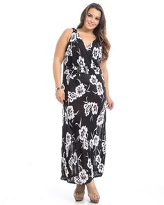 BLACK FLORAL PLUS SIZE MAXI DRESS   95% Polyester 5% Spandex  Made in China