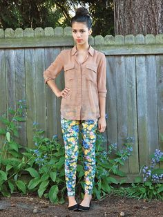 Shop this look on Kaleidoscope (blouse, pants, shoes)  http://kalei.do/W4RKozTG21QPQBPs