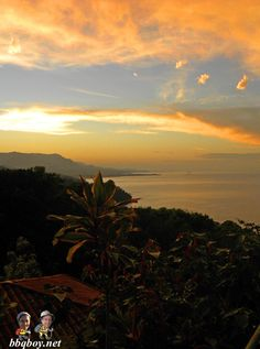Sensational sunrises in Dominical, Costa Rica. More photos: http://bbqboy.net/bored-and-frustrated-in-uvita-and-dominical-costa-rica/ #dominical #costarica