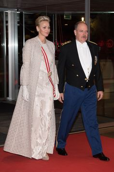 Charlene Wittstock Photos - Princess Charlene of Monaco and Prince Albert II of Monaco arrive at the Monaco National Day Gala in Grimaldi Forum on November 19, 2017 in Monaco, Monaco. - Monaco National Day 2017
