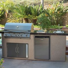 Urban Islands BBQ Island Grill with Red Granite Tile Top by . Small Outdoor Kitchens, Simple Outdoor Kitchen, Outdoor Kitchen Grill, Backyard Kitchen, Outdoor Kitchen Design, Backyard Patio, Outdoor Grill Station, Outdoor Cooking Area, Patio Design