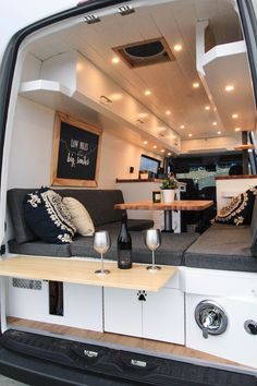 This van was built for a couple from Oklahoma, inspired by their thru-hiking on the Appalachian trail. They wanted a minimized lifestyle with their two kitties, and are quitting their jobs to pursue van life full time! Camper Life, Bus Camper, Van Dwelling, Van Camping, Truck Living, Bus Living, Tiny Living, Busse, House On Wheels