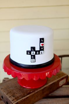 scrabble cake.