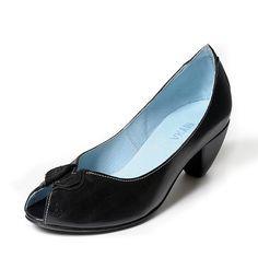 Adorable little heels