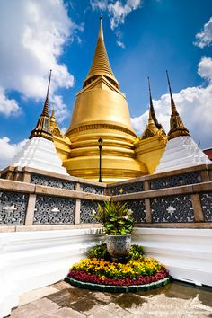 Temple of Emerald Buddha, Bangkok, Thailand