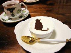 猫ちゃんのケーキの画像:帽子・バッグ・小物作家のアトリエ