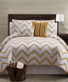 love this bedding set
