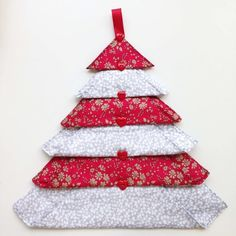 Scandi Liberty Christmas Trees - Alice Caroline - Liberty fabric, patterns, kits and more - Liberty of London fabric online Christmas Decorations Sewing, Christmas Sewing Patterns, Fabric Christmas Ornaments, Christmas Sewing Projects, Christmas Crafts To Make, Christmas Tree Pattern, Diy Christmas Cards, Handmade Christmas, Quilted Ornaments