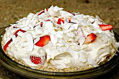 Raw Strawberry Cream Pie.