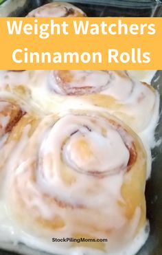 Everyone loves a delicious cinnamon roll for breakfast. These weight-watchers Cinnamon Rolls are super easy to make, and dont use up as many points as other recipes. You are going to love these! Weight Watcher Desserts, Plats Weight Watchers, Weight Watchers Breakfast, Weight Loss Drinks, Weight Watchers Meals, Weight Watchers Muffins, Weight Watcher Smoothies, Ww Recipes, Other Recipes
