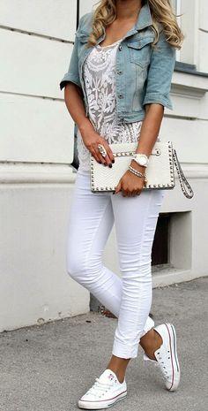 Jeans Jacket http://www.fashionbloggirls.com/2015/03/jeans-jacket.html