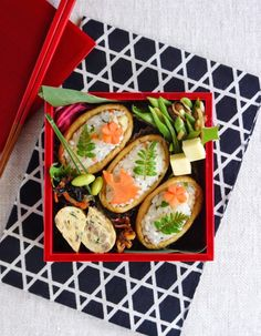 Spring inari-zushi bento/春の稲荷寿司弁当