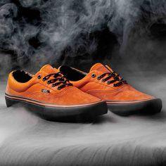 Zapatillas Vans Era Pro Edición limitada Spitfire disponibles en nuestra  skate shop y skate shop online 0cf74941bb5