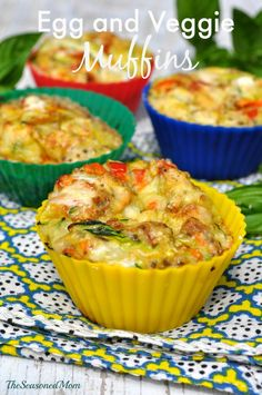 Getting ready for school day mornings! Clean Eating Breakfast: Egg and Veggie Muffins - The Seasoned Mom (spinach egg muffins clean eating) Healthy Snacks, Healthy Eating, Healthy Recipes, Healthy Protein, High Protein, Simple Recipes, Yummy Snacks, Clean Eating Recipes, Cooking Recipes