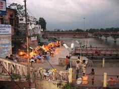 #magiaswiat #Haridwar #podróż #wakacje #zwiedzanie # indie #blog #ghaty #ganges #rzeka Haridwar, Dolores Park, Indie, Blog, Travel, Viajes, Blogging, Destinations, Traveling