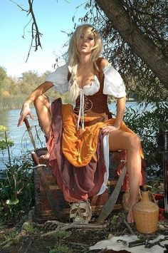 Sexy pirate, what's not to like? Pirate Art, Pirate Woman, Pirate Wench, Pirate Life, Lady Pirate, Fantasy Women, Fantasy Girl, Steam Punk, Steampunk Pirate