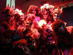 Bailarines dentro de Teatro Ángela Peralta