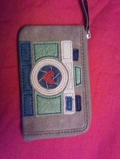 Fossil Ruby Wristlet Camera Wallet Fossil, Super Cute, Wallet, My Style, Fossils, Purses, Diy Wallet, Purse