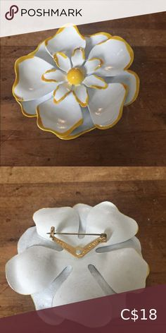 Vintage brooch Large painted vintage enamel brooch. Jewelry Brooches Pearl Brooch, Silver Brooch, Art Eras, Gold Scarf, Silver Clutch, Flower Headpiece, Vintage Tools, Stick Pins