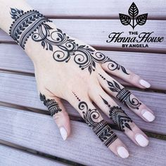 Henna Hand Designs, Eid Mehndi Designs, Mehndi Designs Finger, Modern Henna Designs, Henna Tattoo Designs Simple, Simple Arabic Mehndi Designs, Mehndi Designs For Fingers, Latest Mehndi Designs, Mehndi Fingers