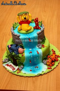 / Cupcakes, Cupcake Cakes, Beautiful Cakes, Amazing Cakes, Boat Cake, Winnie The Pooh Cake, Friends Cake, Baby Birthday Cakes, Disney Cakes