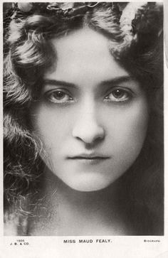 Vintage Retro Postcards of actress Miss Maude Fealy (1900s) | MONOVISIONS