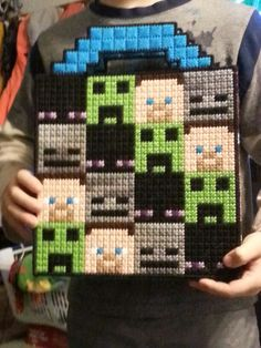 Plastic canvas Minecraft tote
