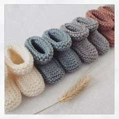 Jolis coloris- Idées Baby Shoes, Clothes, Fashion, Tricot, Outfits, Moda, Clothing, Fashion Styles, Baby Boy Shoes