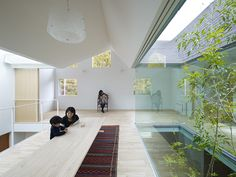 tomohiro hata architect and associates overlaps atlas house + dental clinic in japan