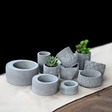 Resultado de imagem para formas de silicone para vasos de cimento