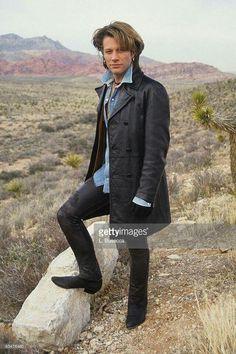 Jon Bon Jovi, Bon Jovi 80s, Famous Celebrities, Celebs, Dorothea Hurley, Bon Jovi Always, Emilio Estevez, Le Male, Jesse James