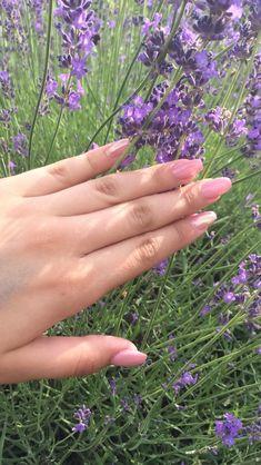 Einstein, Nail Ideas, Singer, Engagement Rings, Nails, Artist, Beauty, Enagement Rings, Finger Nails