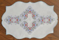 Springtime Borders and Corners - Enigma Embroidery | OregonPatchWorks