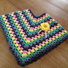 Girl poncho with flower ~ made by VanSjoukje© ~ meisje ~ haken ~ crochet