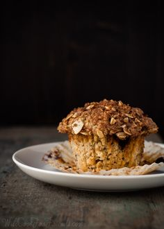 These Blueberry Almond Streusel Muffins look amazing, and tho not vegan in original recipe, there IS a note with how to substitute to make them vegan. Have a look! via @Wendy Polisi  - Cooking Quinoa