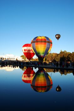 Canberra - where there is a lot of hot air to keep these balloons afloat from our esteemed members of government Australia Capital, Australia Travel, Great Places, Places To See, Beautiful Places, Air Balloon Rides, Hot Air Balloon, Australian Capital Territory, All Nature