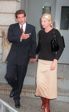 Carolyn Bessette Kennedy, the ultimate minimalist. (John Jr.'s looking pretty good here, too.)