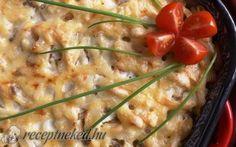 Húsos tészta tepsiben sajttal, tejfölösen recept fotóval Mashed Potatoes, Chicken, Meat, Ethnic Recipes, Food, Whipped Potatoes, Essen, Yemek, Buffalo Chicken