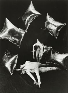 RAINFOREST / 1968 / MERCE CUNNINGHAM dancing with Andy Warhol's Silver Clouds