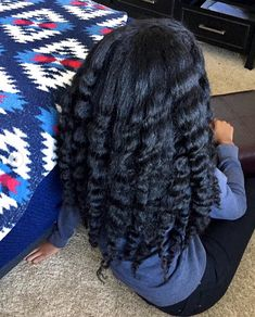 braiding hairstyles for black women. hairstyles for black women. Start Regrowing Thick, Strong Hair Overnight With Just 3 Ingredients Hair growth secrets to properly care and grow hair Long Natural Hair, Pelo Natural, Natural Hair Updo, Natural Hair Growth, Natural Hair Styles, Grow Long Hair, Long Curly Hair, Grow Hair, Curly Hair Styles