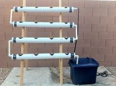 Hydroponic Gardening Ideas How I Built My Hydroponics System. Pete didn't let that stop him from starting a vegetable garden. Here he tells us about the hydroponic growing system Hydroponic Farming, Hydroponic Growing, Hydroponics System, Growing Plants, Diy Hydroponics, Backyard Aquaponics, Aquaponics Fish, Hydroponic Solution, Vertical Hydroponics