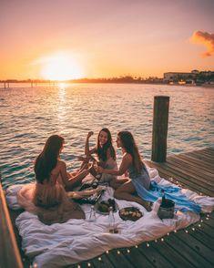 Summer Aesthetic, Travel Aesthetic, Shotting Photo, La Girl, Summer Goals, Summer Dream, Best Friend Pictures, Summer Pictures, Vacation Pictures