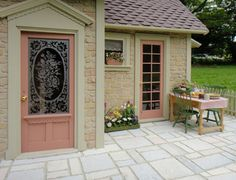 Pat's miniatures - Stone Cottage.  These minature houses are awesome!  the photos of the interiors look REAL!