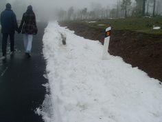 Un paseo junto a la nieve.